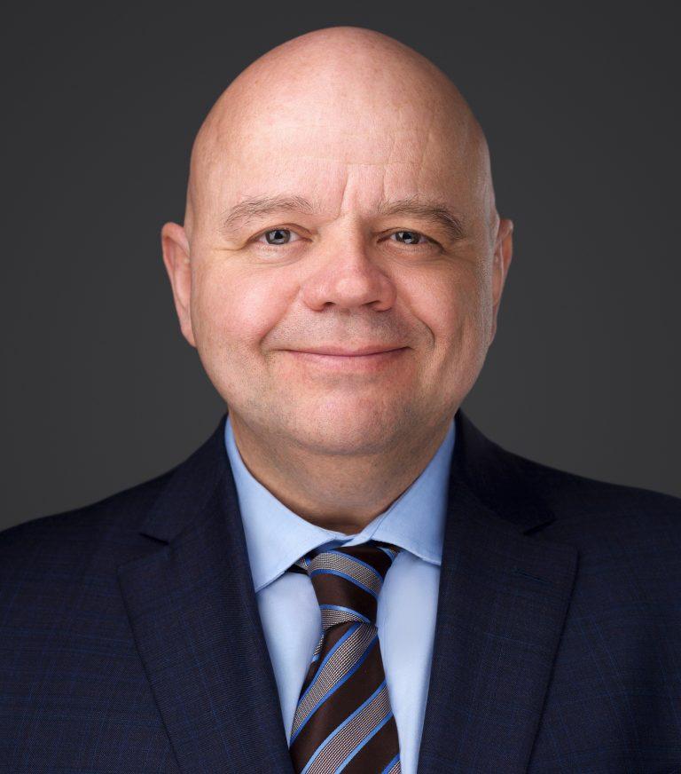 Simon Pelletier Headshot
